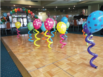 Balloon_decor_funkybuddies