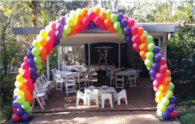 Balloon_decor_spiral_arch