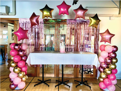 Balloon_decor_star_arch