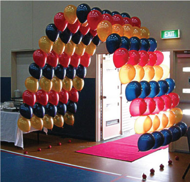 Balloon_decor_tunnel